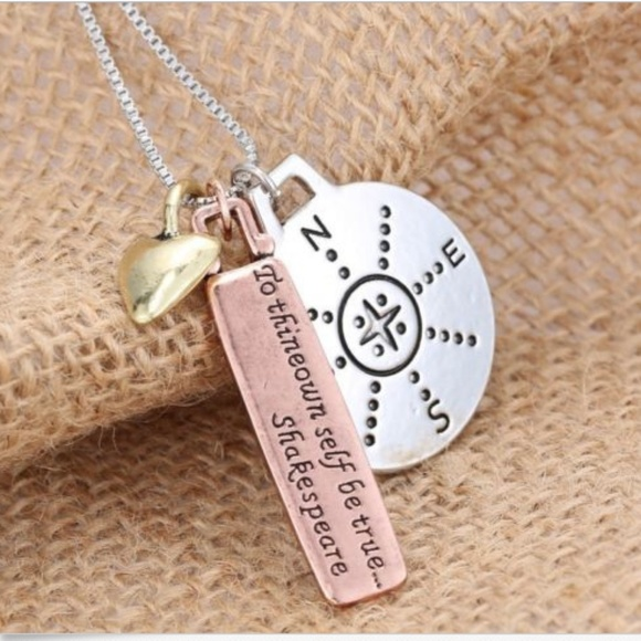 Jewelry - NWT 🧭 Compass necklace - Alloy Metal